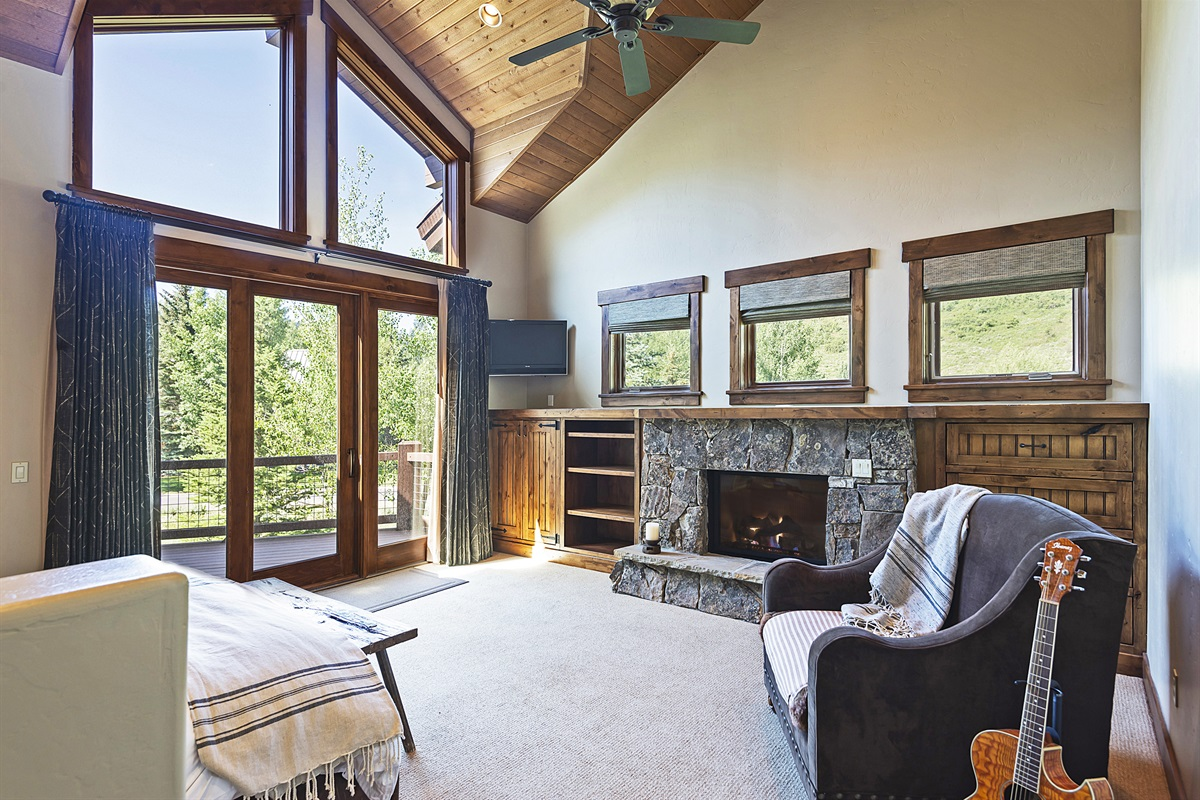 Main level master suite (King) - private fireplace