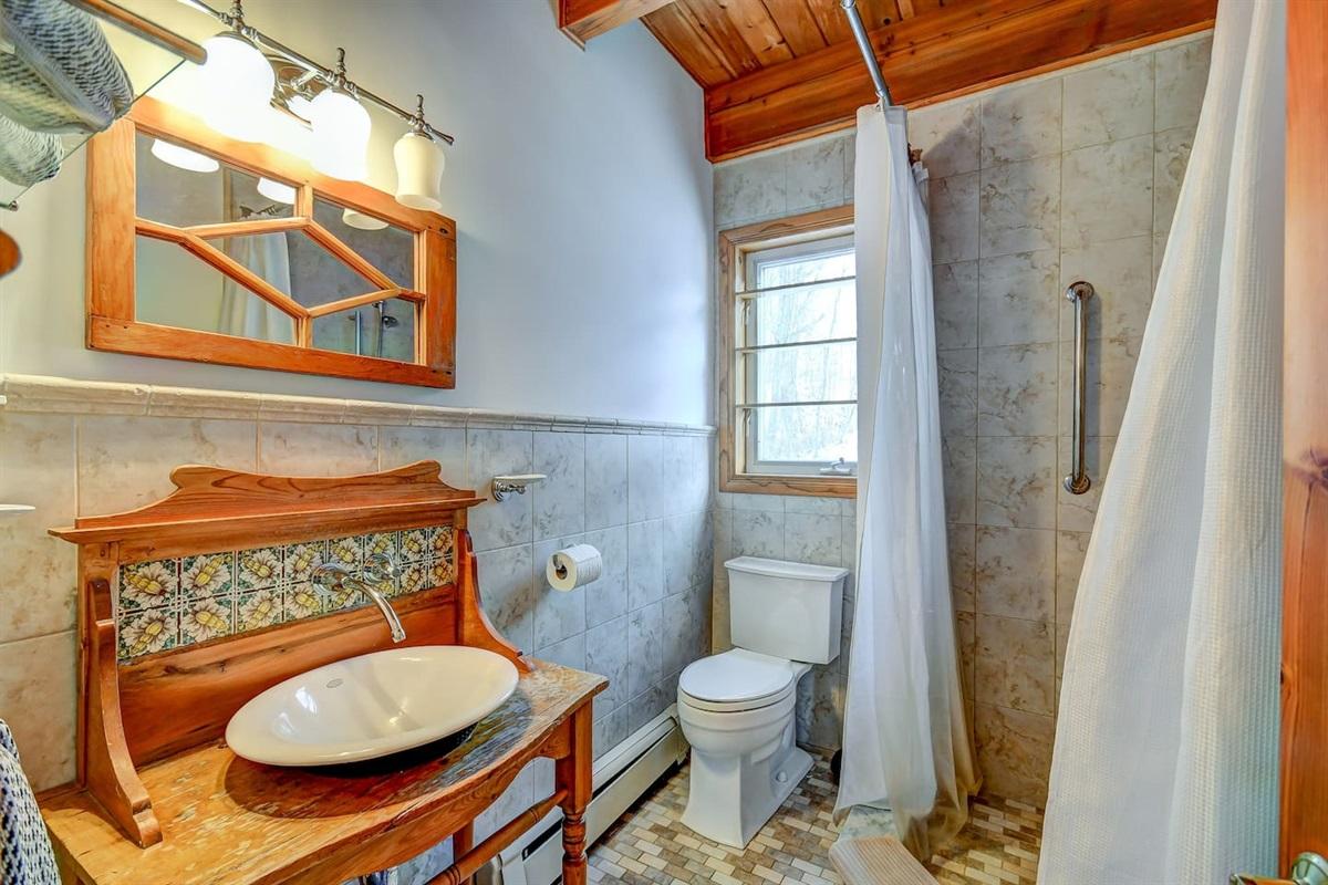 French inspired designer bathroom!