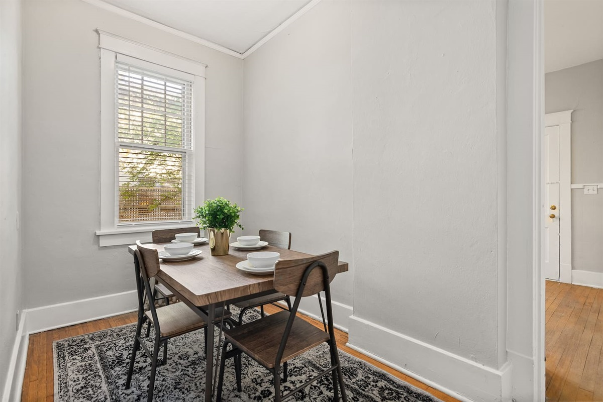 Dining area to enjoy meals in the apartment!