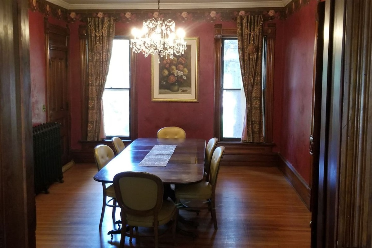 Common Area - Dining Room