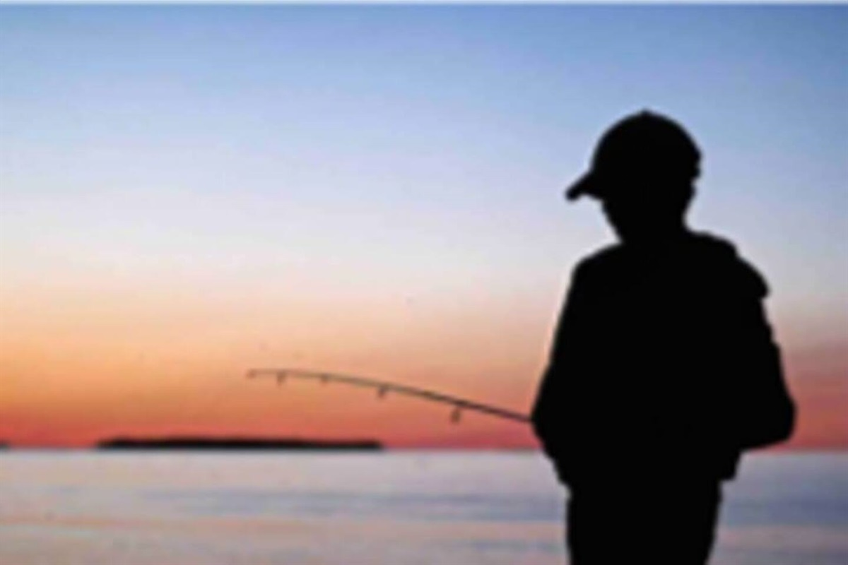 We provide 6 fishing poles & gear at no charge for you to fish at Peninsula State Park!