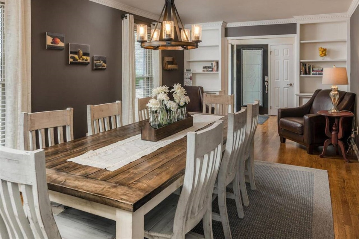 8 Seating Dining Table & Reading area