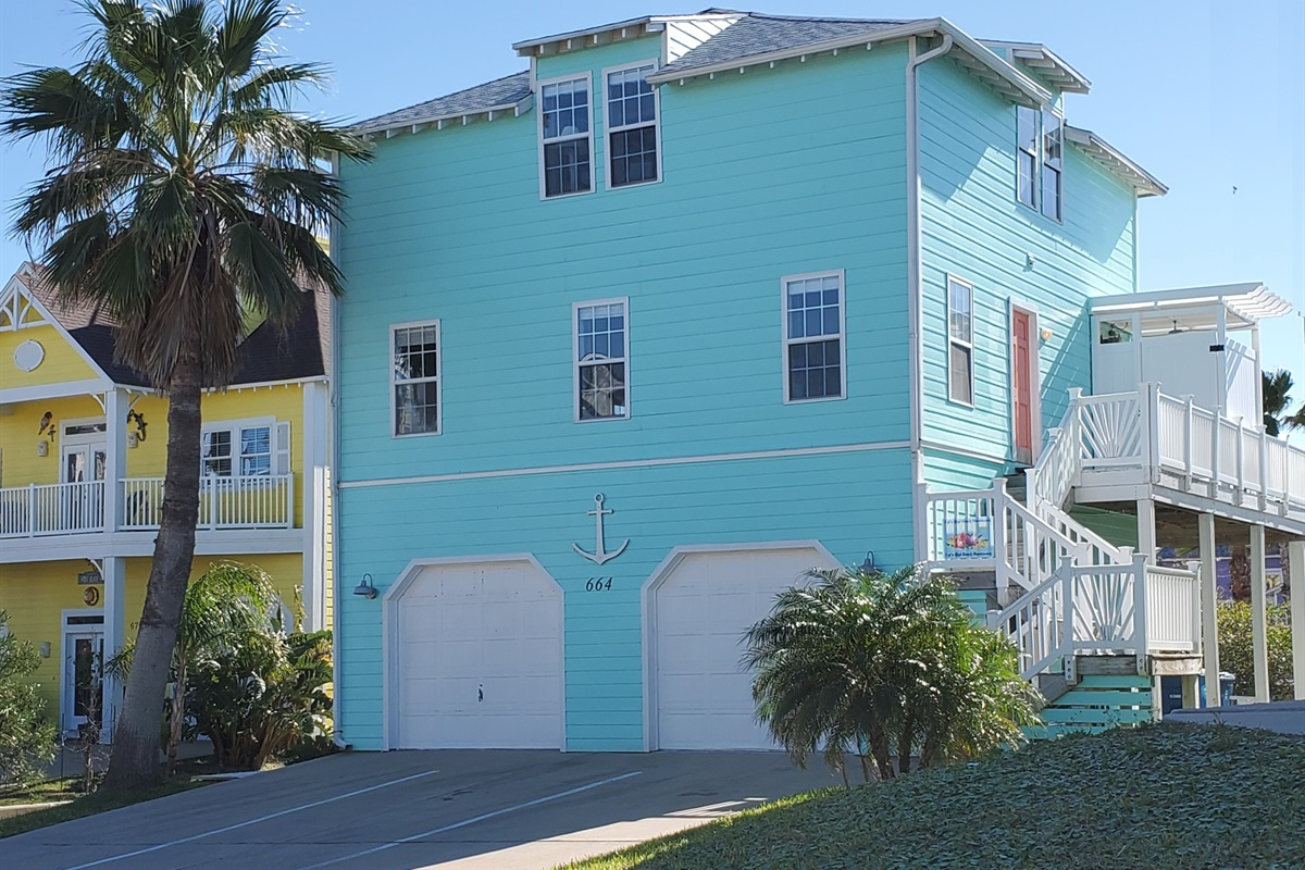 Sand Point has restaurant, bar, pool, hot tub, beach boardwalk & golf cart access.