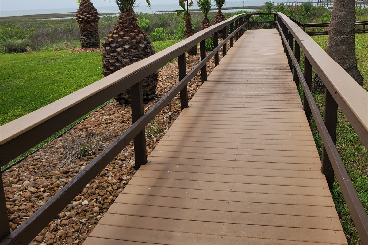 Walkway to the fishing pier