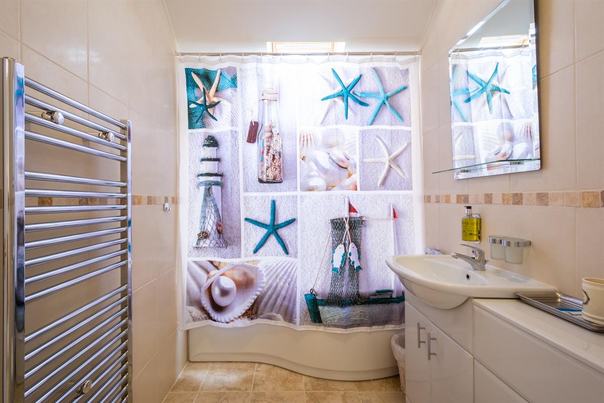 Family Bathroom (Bath/Shower/Toilet)