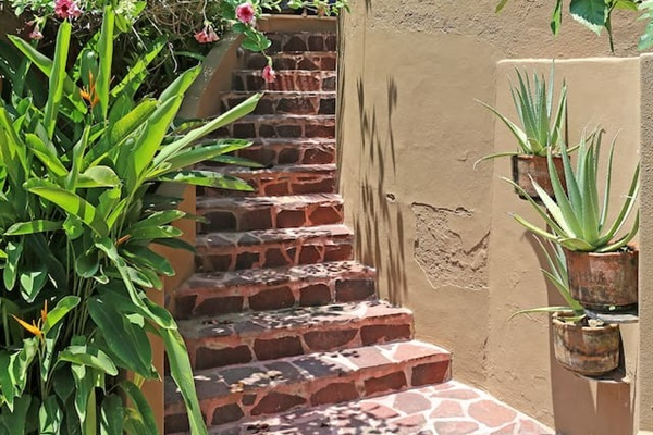 Stairway from parking
