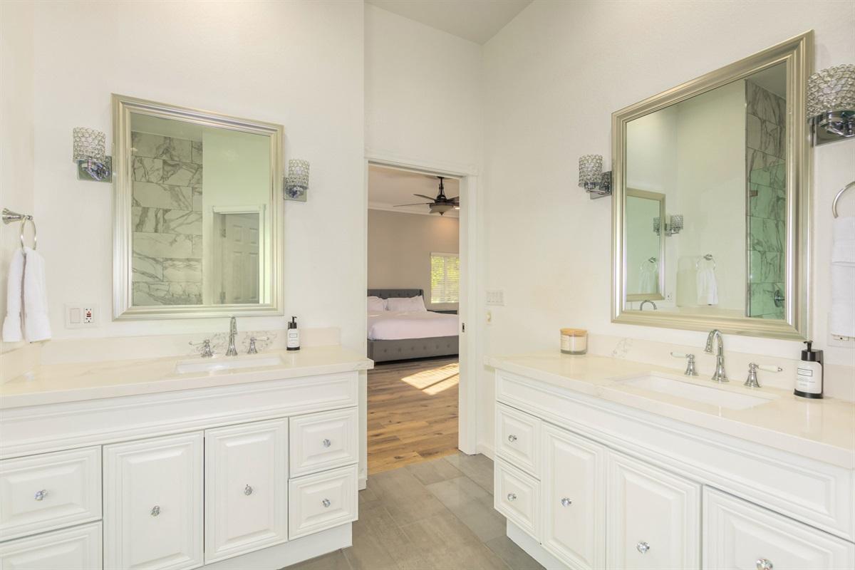 primary bath - dual vanity