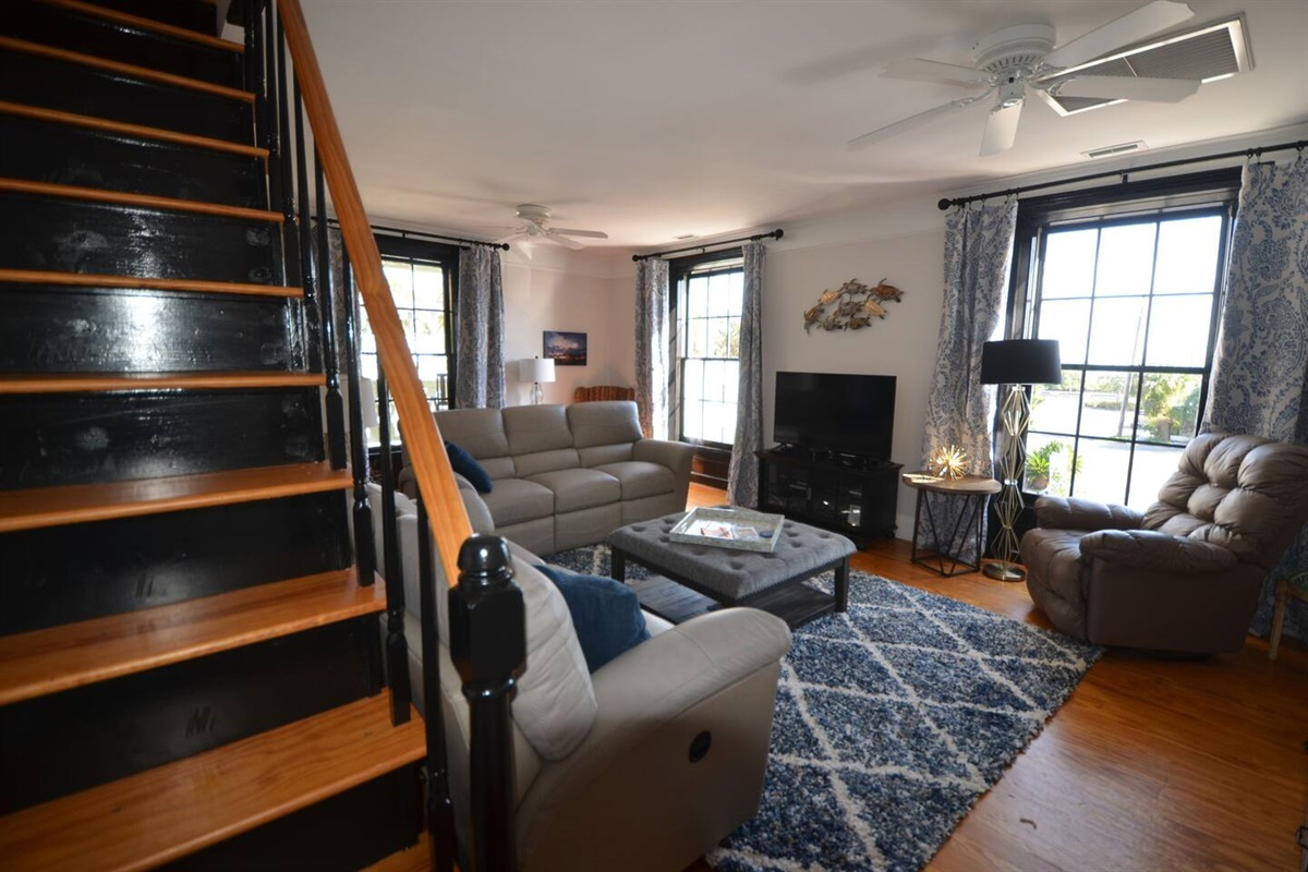 Stair access to upstair bedrooms