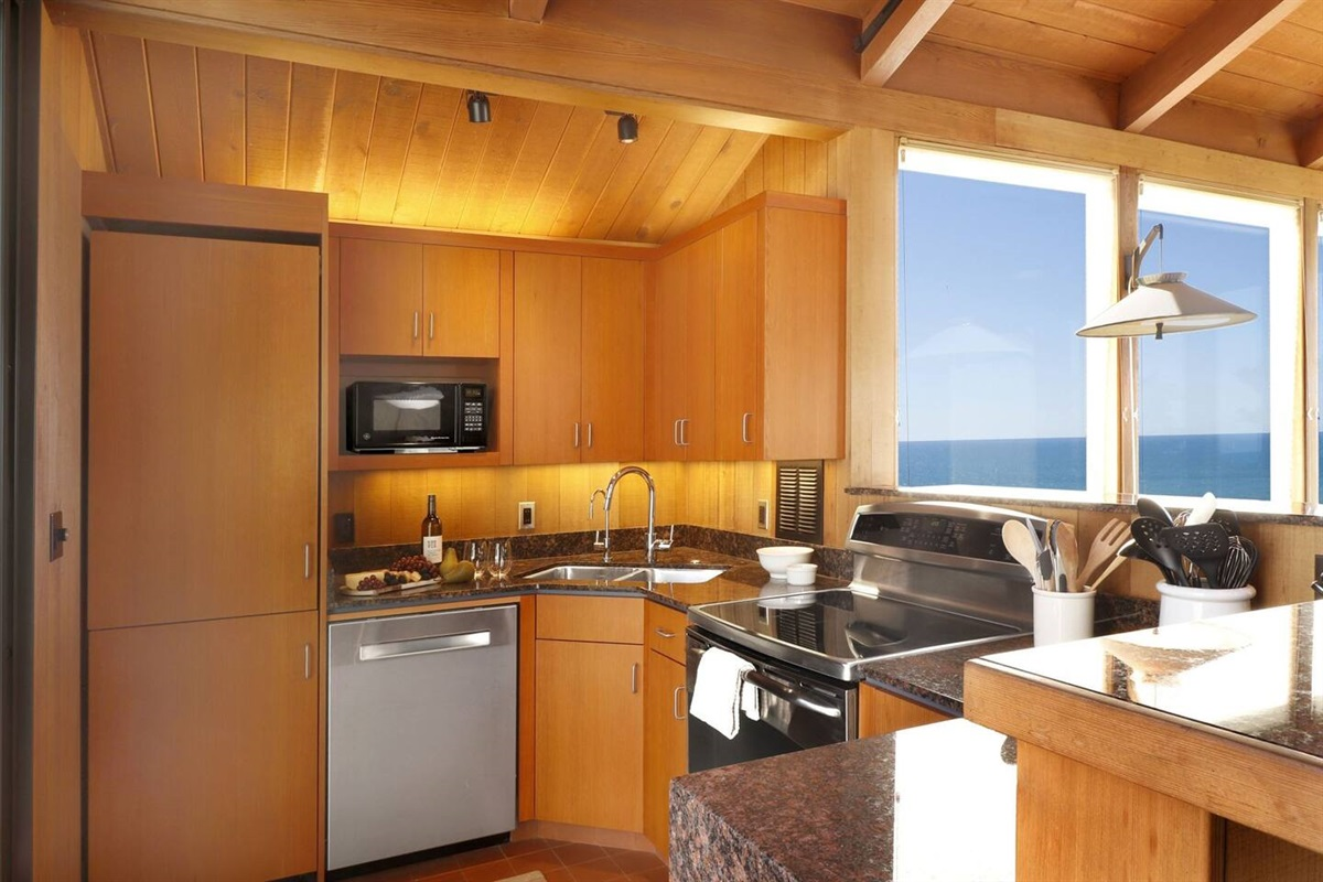 Pacific Sunset Full Kitchen with Dishwasher