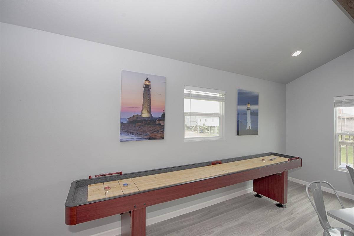 Brand new 12' shuffleboard table