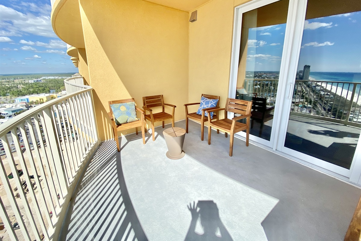 2 patios