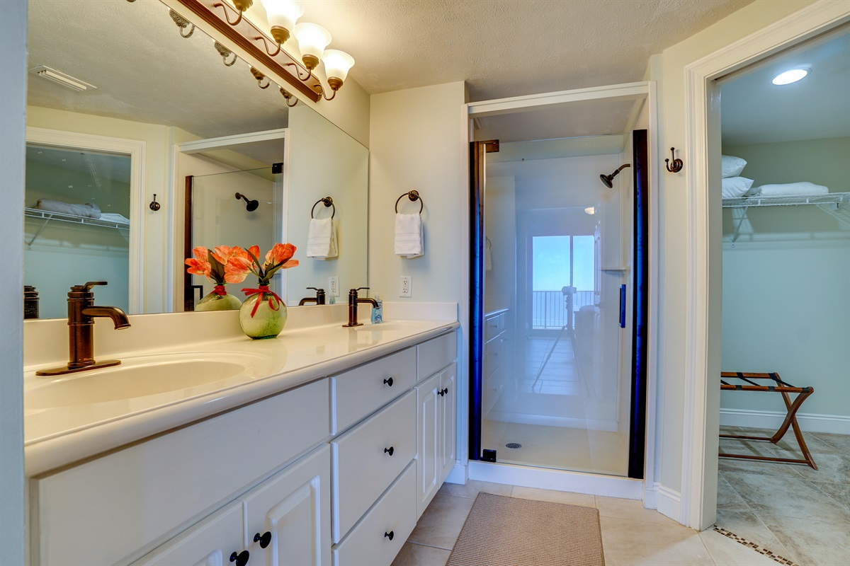Private Master Bath with walk in shower