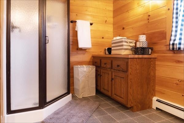 Second floor master bath with walk in shower