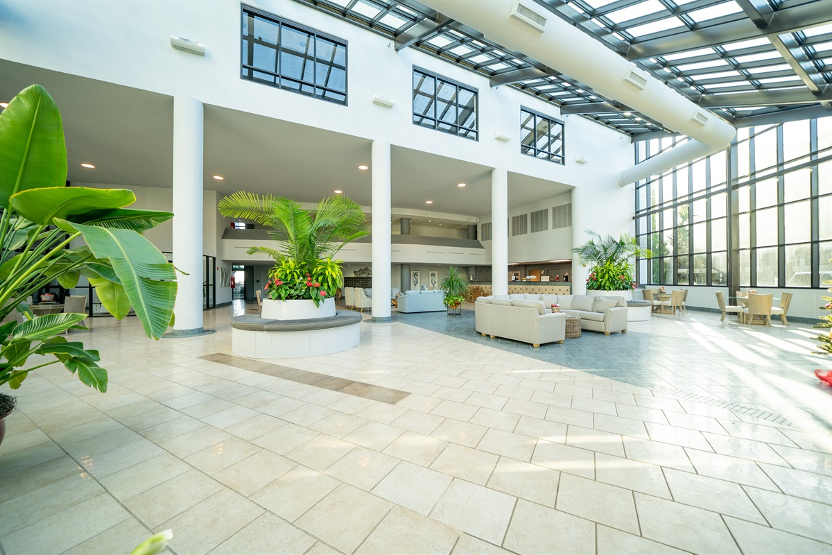 Beautiful lobby!