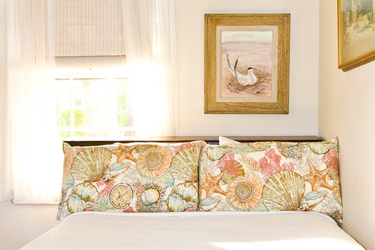 Joanna Pease Room - Bedroom 11