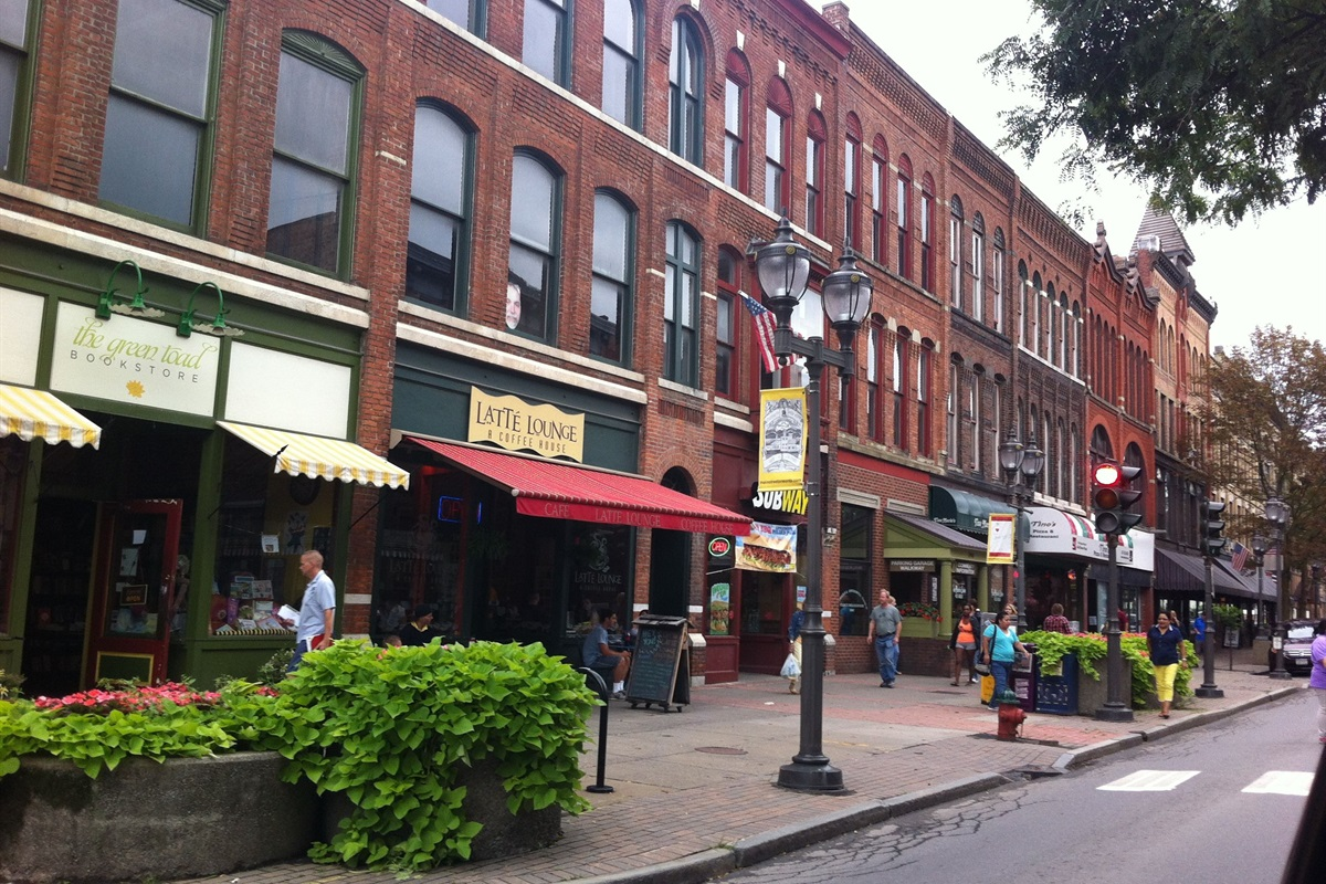 Dining and shopping on Main Street in downtown Oneonta is within walking distance