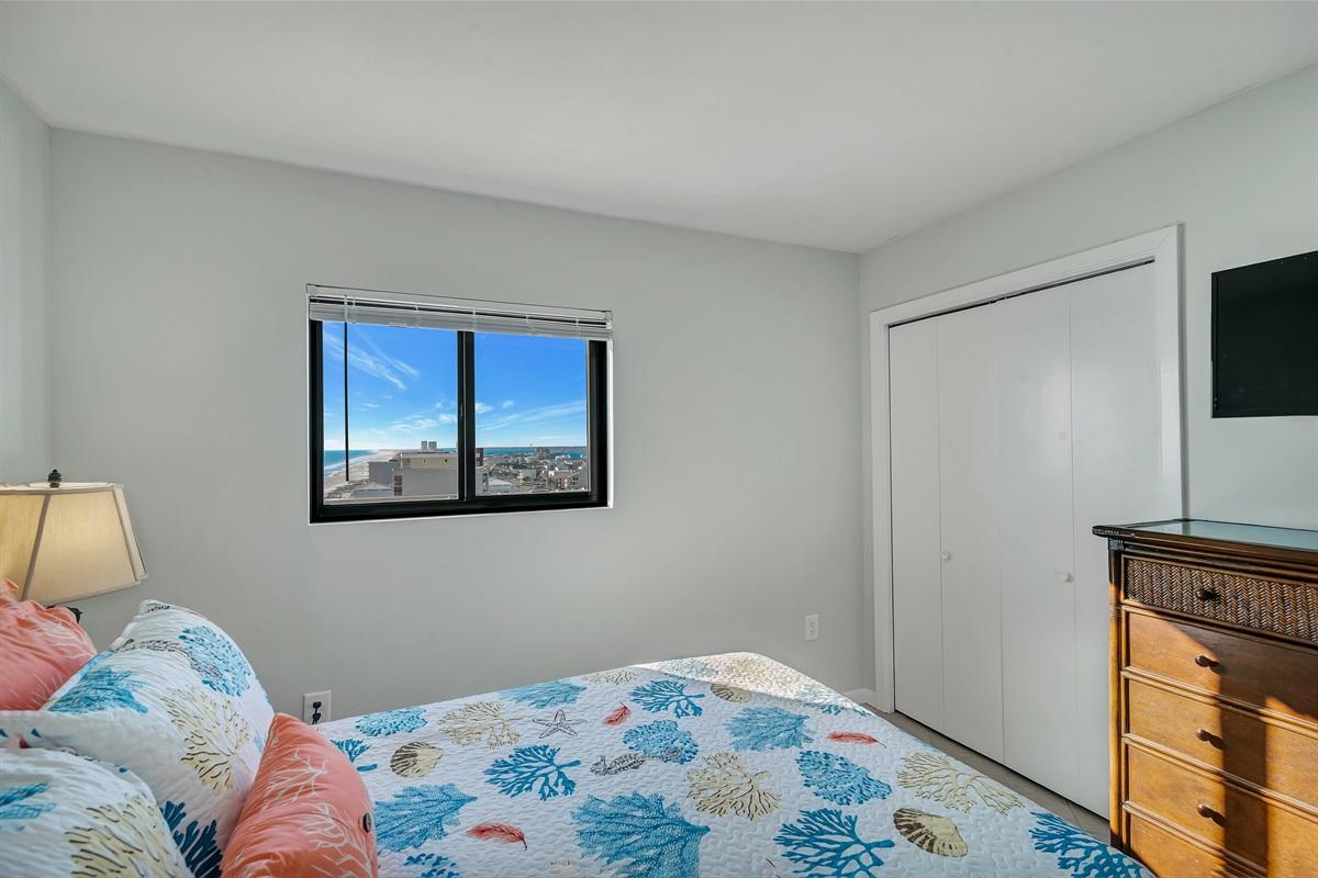 Guest Room with Queen Bed & Flat Screen TV