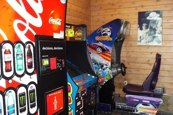 Vending machines + arcade