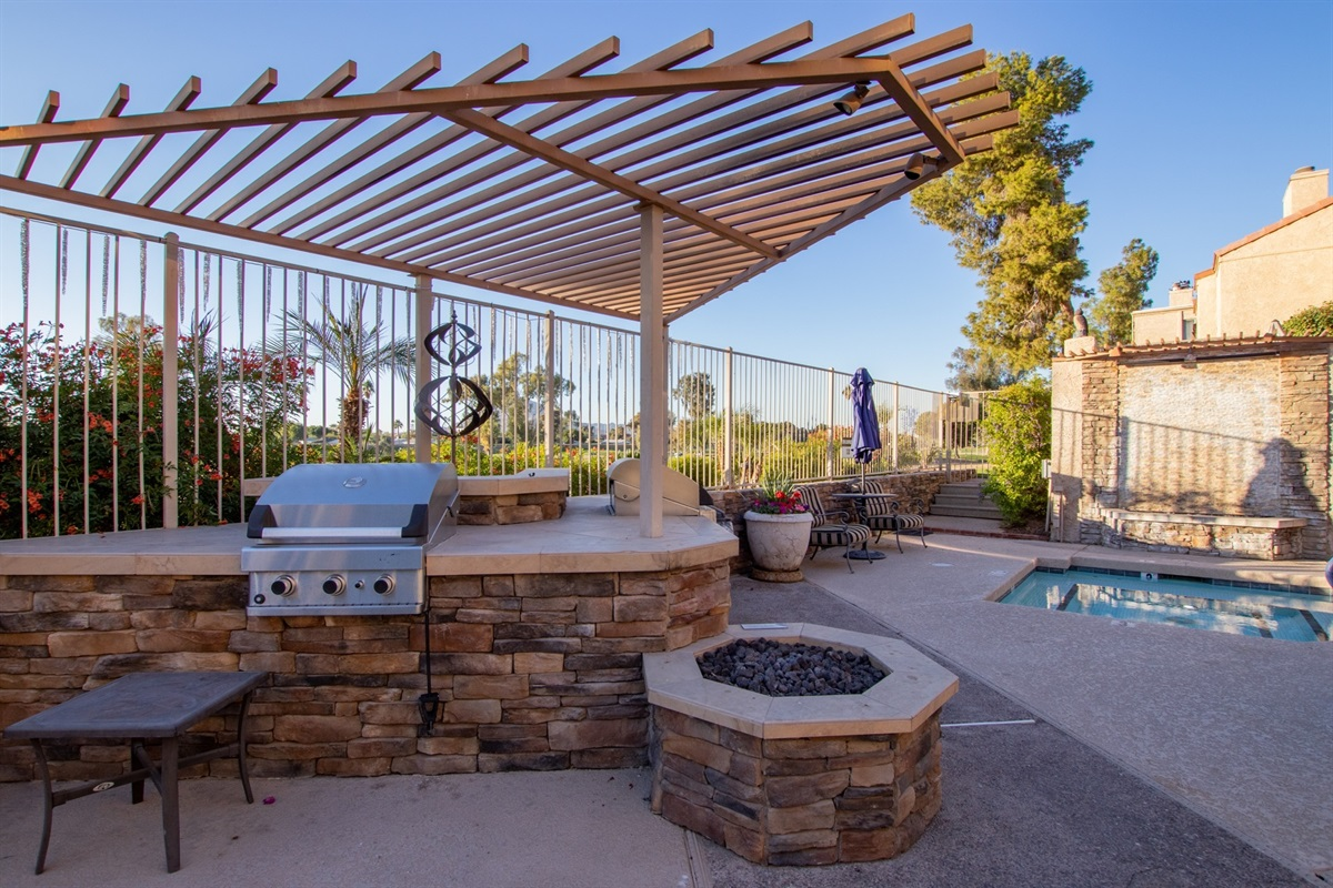 Community Grill and Firepit