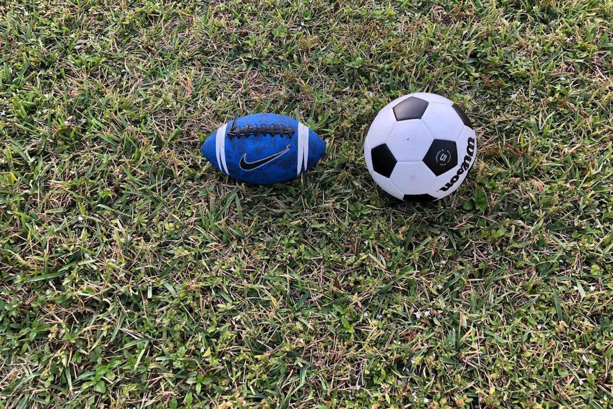 Soccer ball/ football