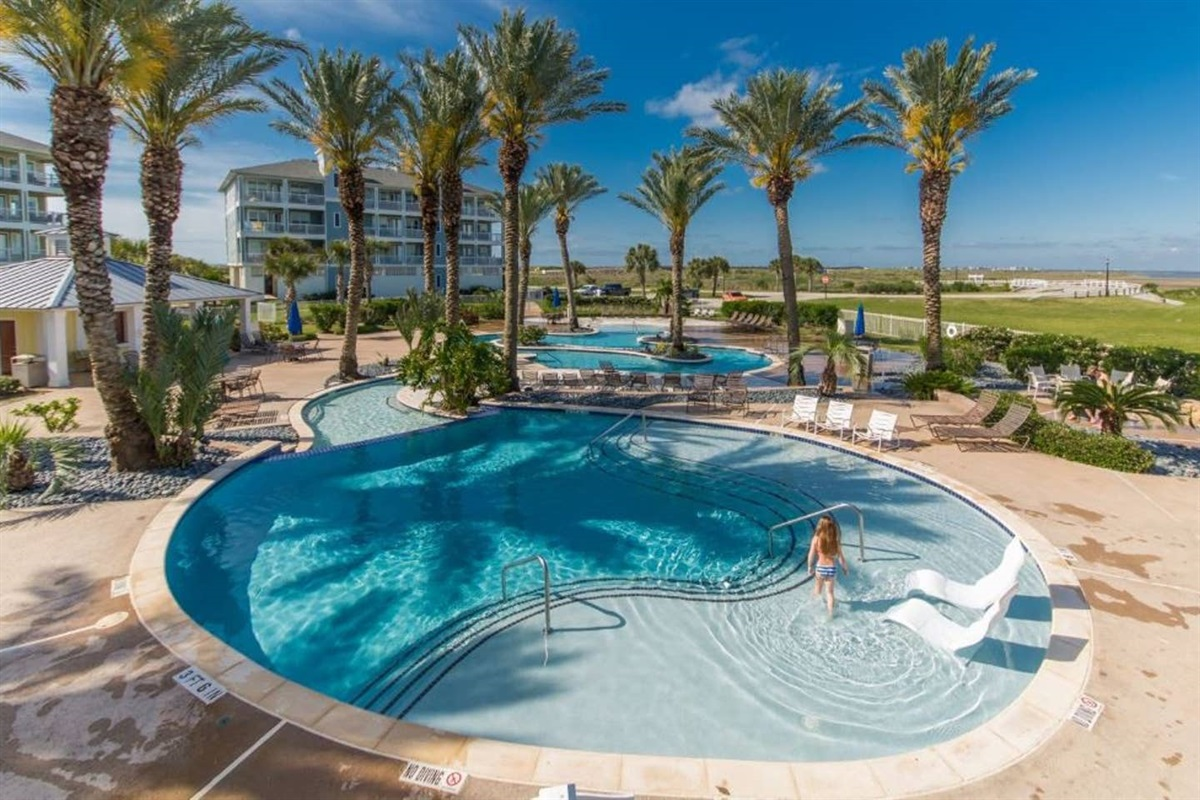 Pointe West Lazy River on the Bayside