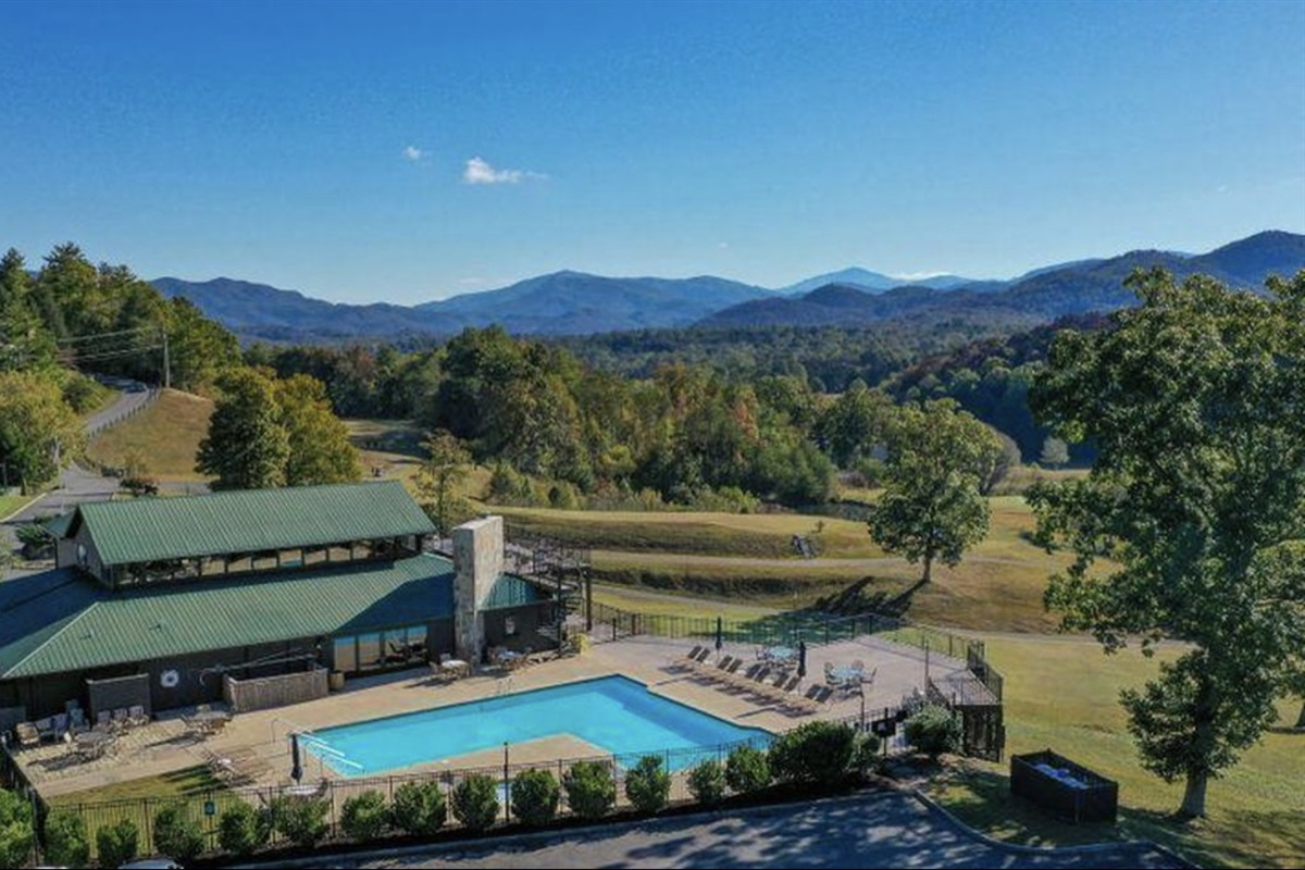 Laurel Valley Clubhouse where the gym, sauna, pool, tavern and pro shop are located - all with beautiful mountain views!