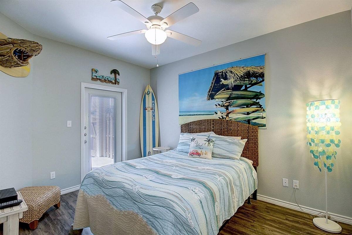 1st Floor Queen bedroom with a en-suite .