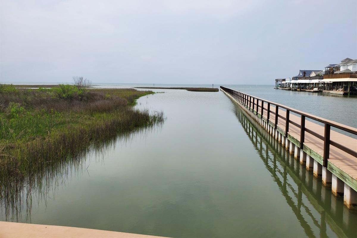 Neighborhood fishing pier