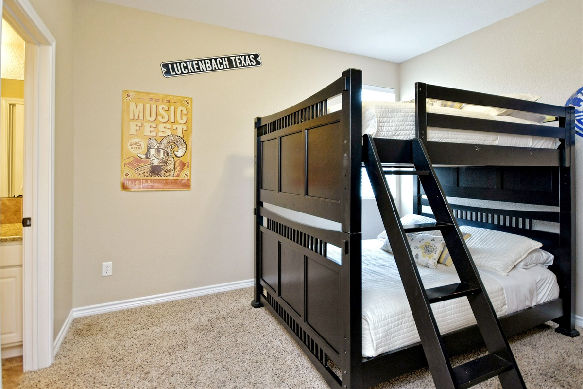 HH #B - Upstairs Double Bunk Beds #3