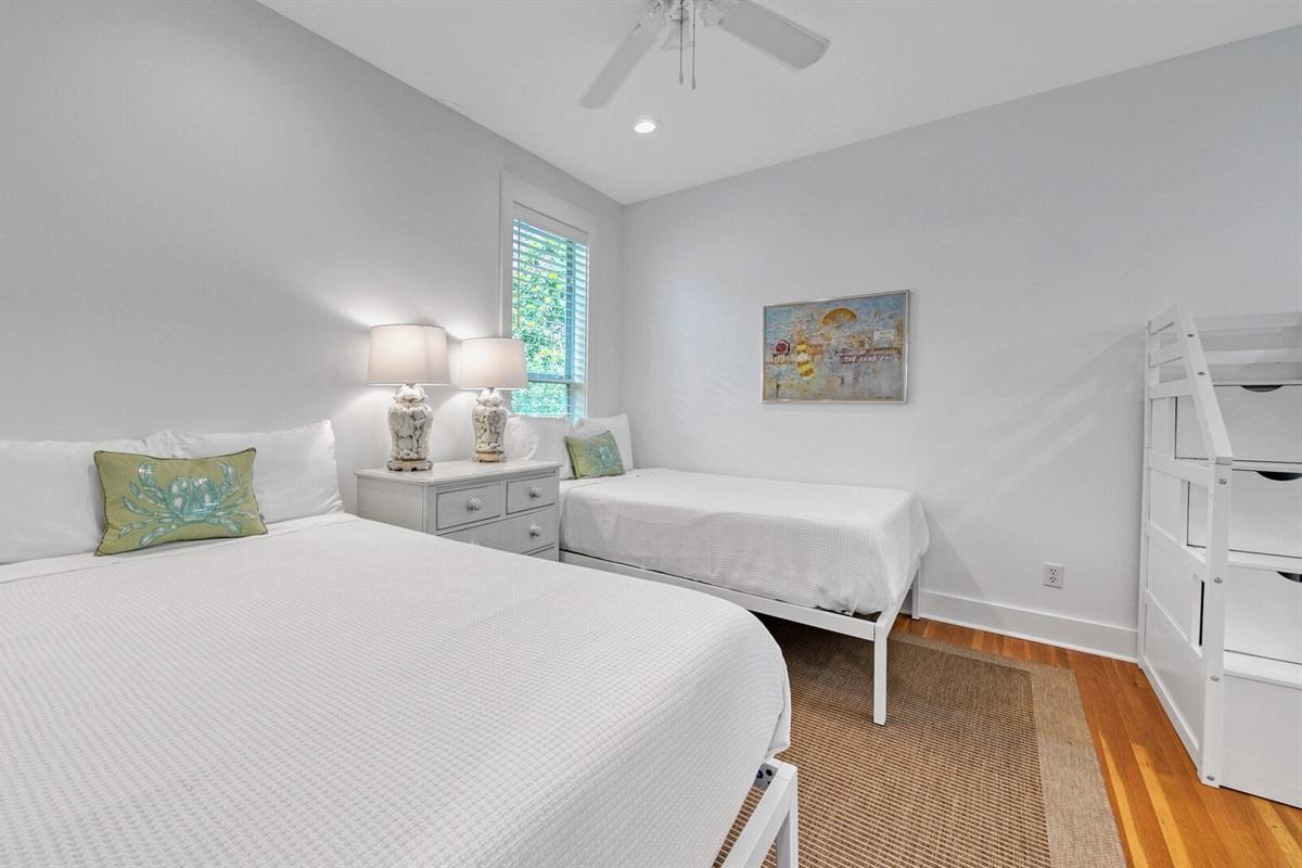 Second Floor - Double bedroom / Bunks