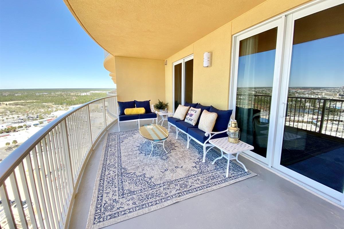 Oversize balcony with gulf view
