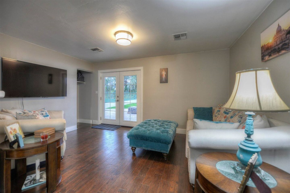 2 bedroom guest house