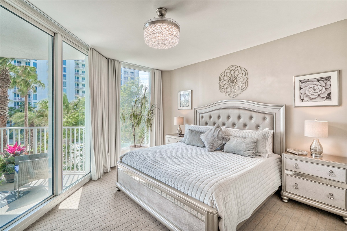 Elegantly styled master suite w/private balcony access & en-suite bathroom