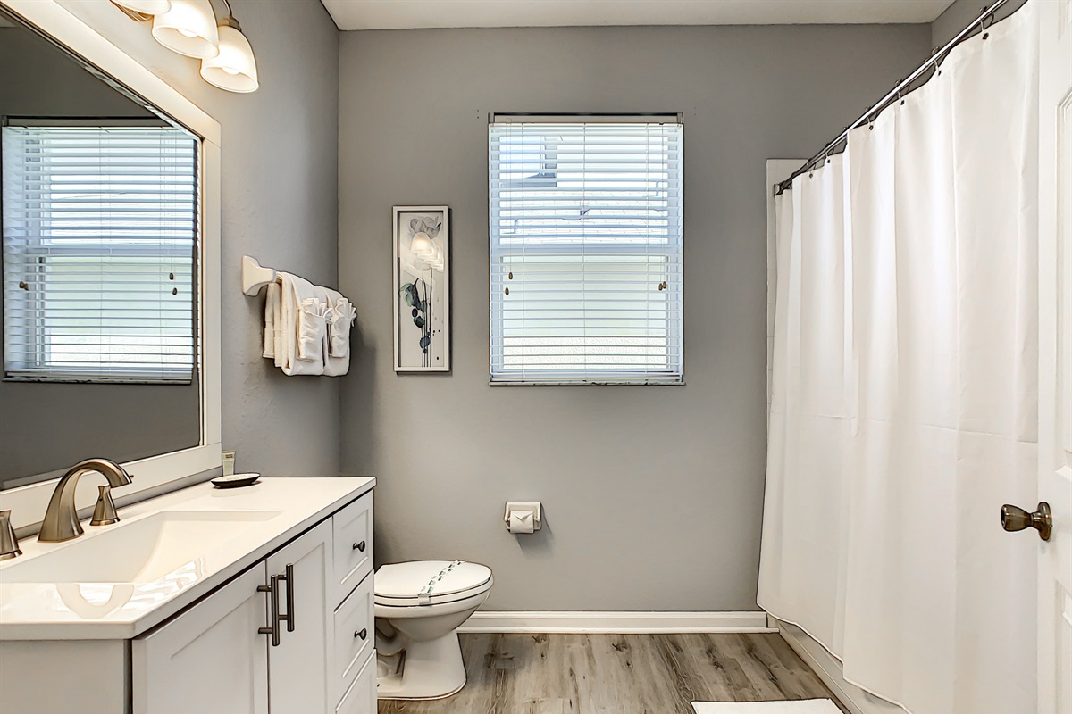Bathroom #4 - 1st Floor