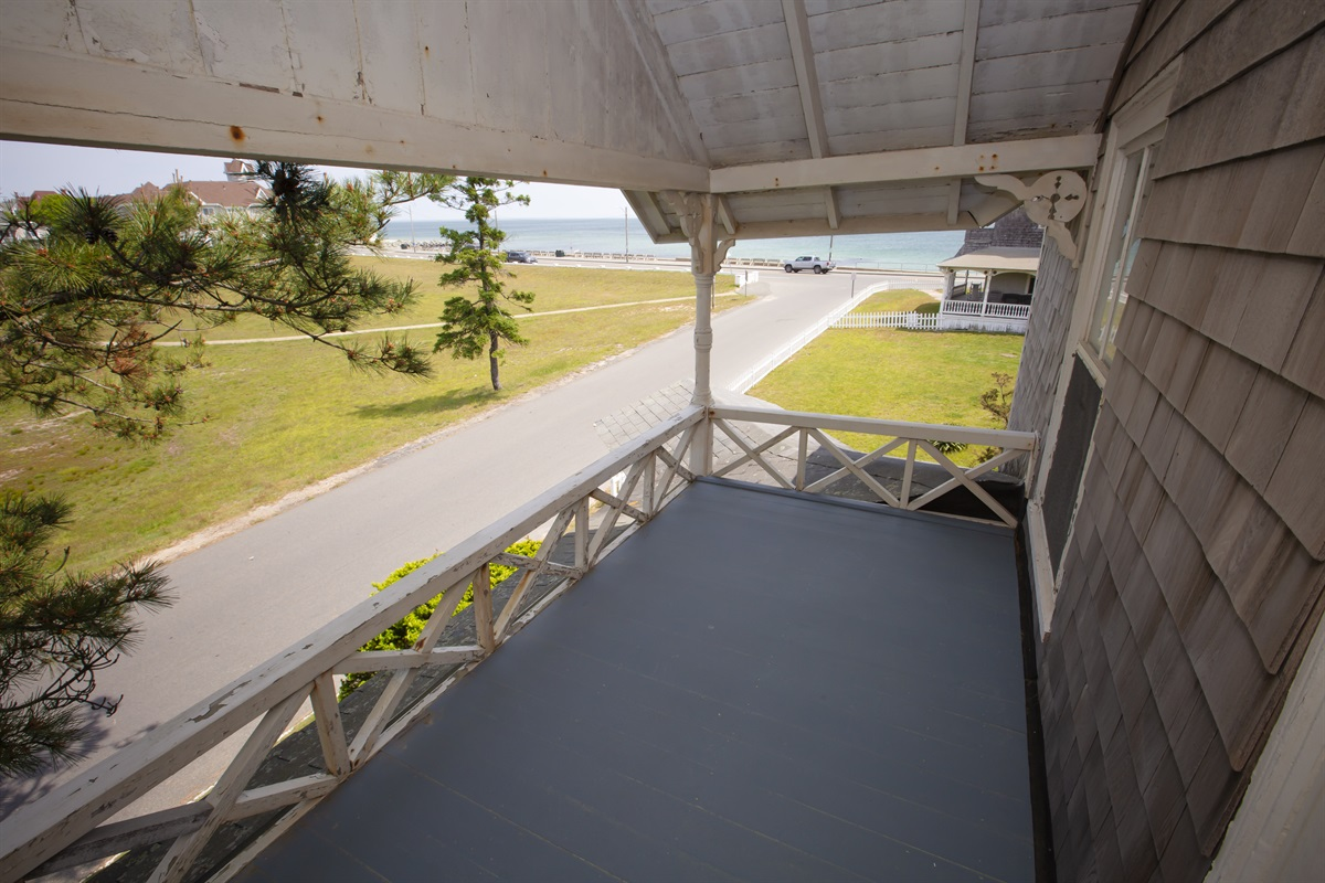 2nd FLoor Porch