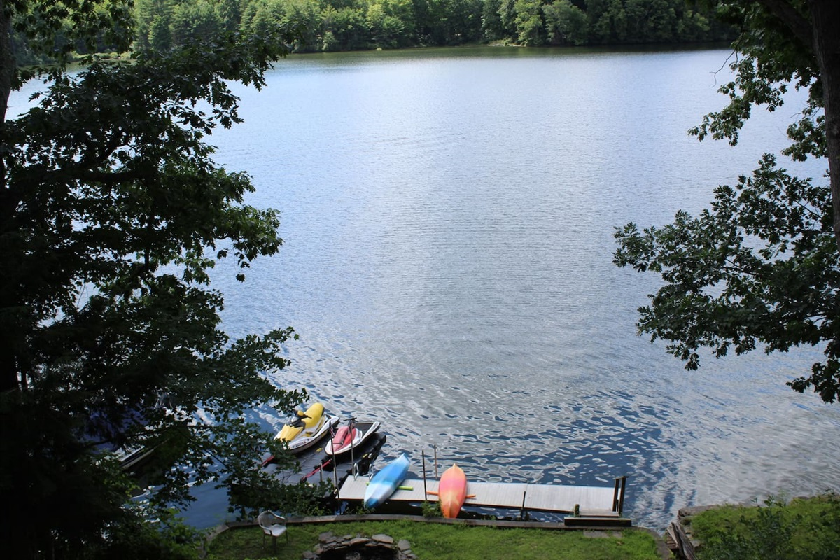 After a long day working or sightseeing, enjoy a relaxing paddle on the lake in one of the two kayaks, or fish right off the dock.  (Sorry, the adjacent jet skis do not belong to the property, and are not included with the rental)