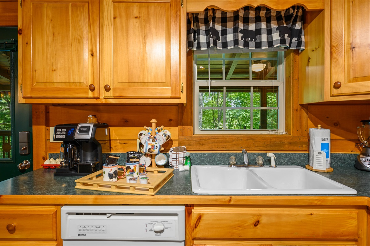Kitchen with K-Cup/Drip Combo