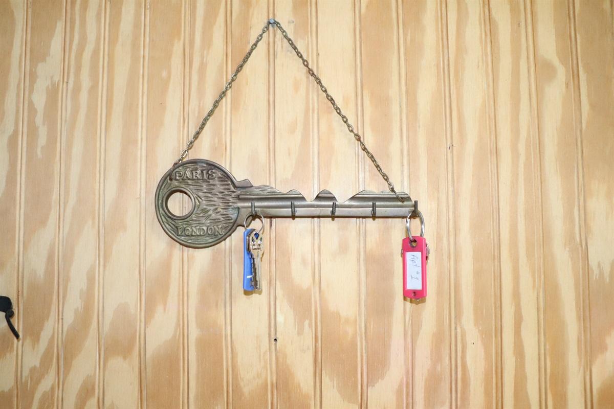 Keys in gameroom at checkin