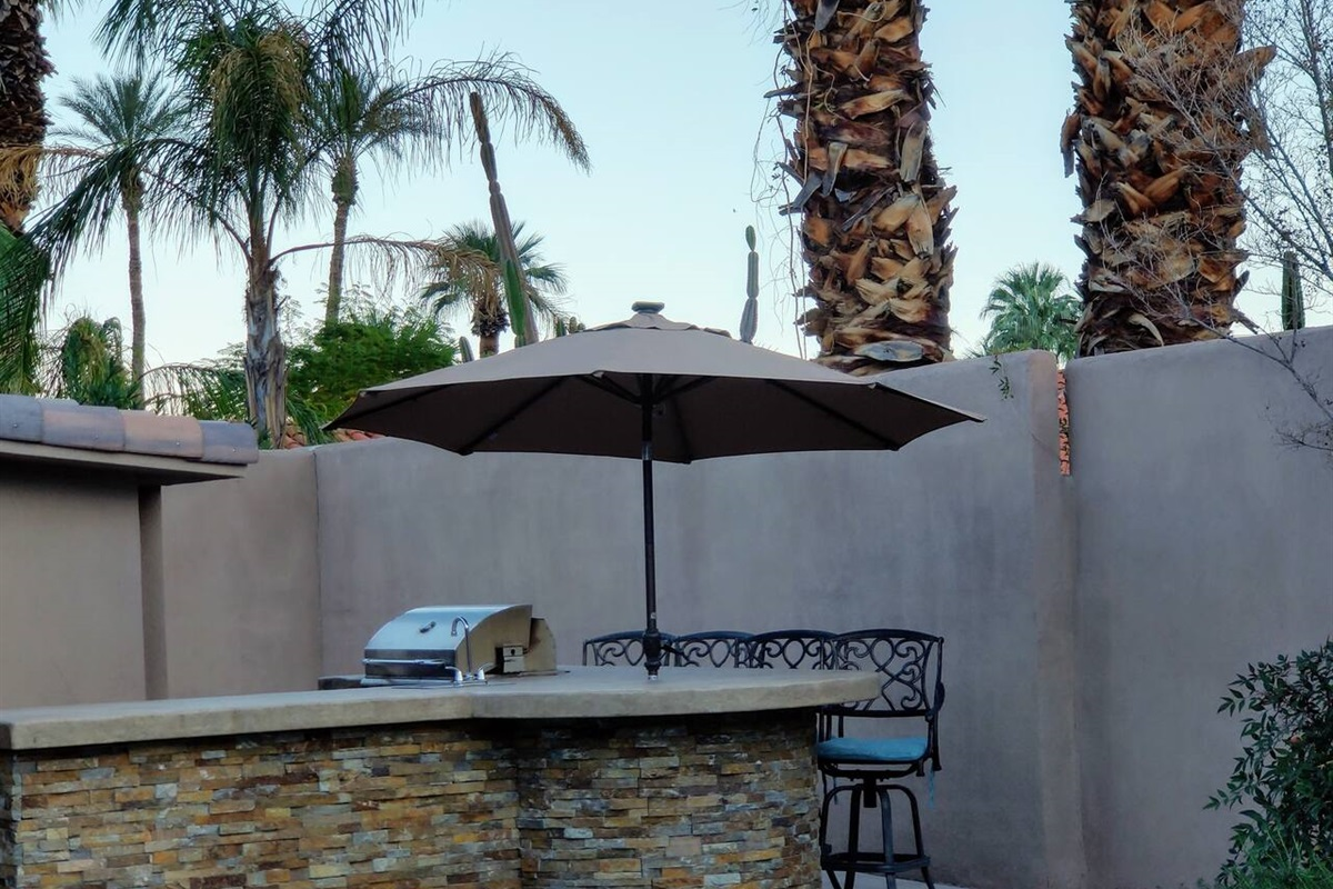 BBQ Grill with Bar Area