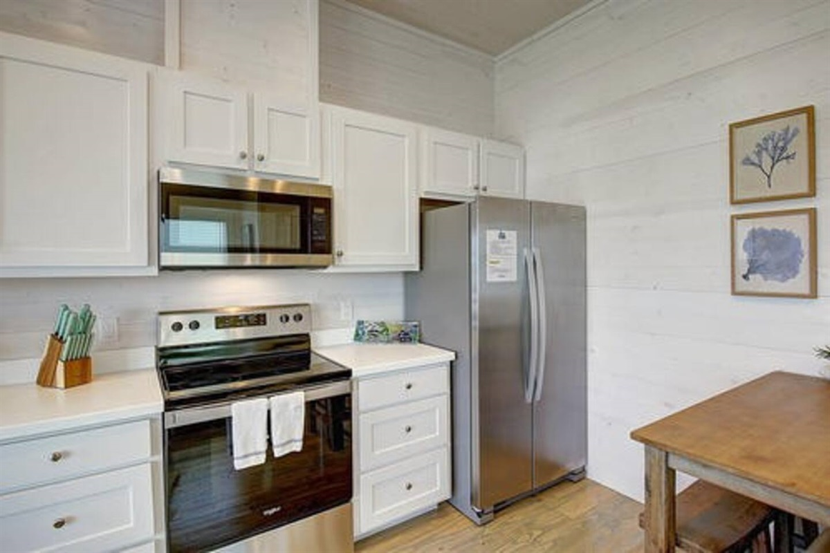 Double Refrigerator with Icemaker