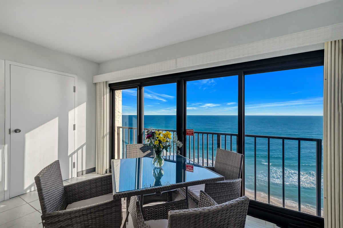 Private Enclosed Balcony with Dining Table