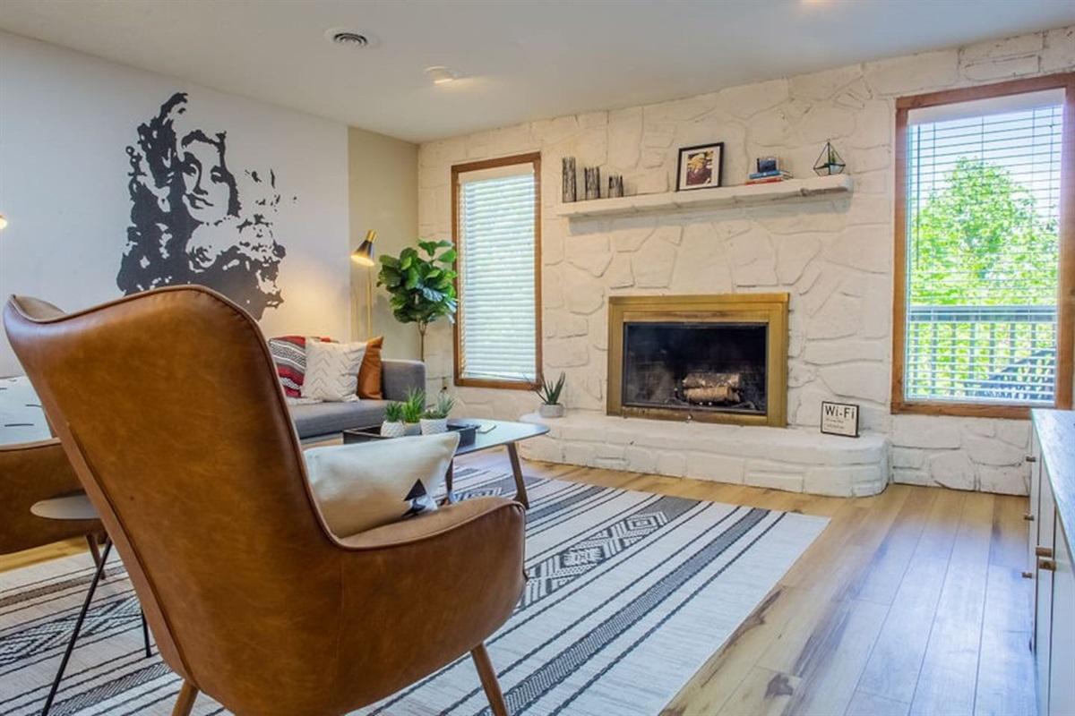 Open living w/ fireplace