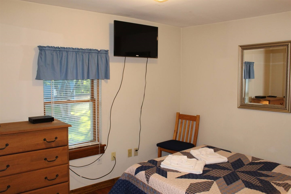Bedroom #2 - wall mounted flat screen cable TV in every bedroom