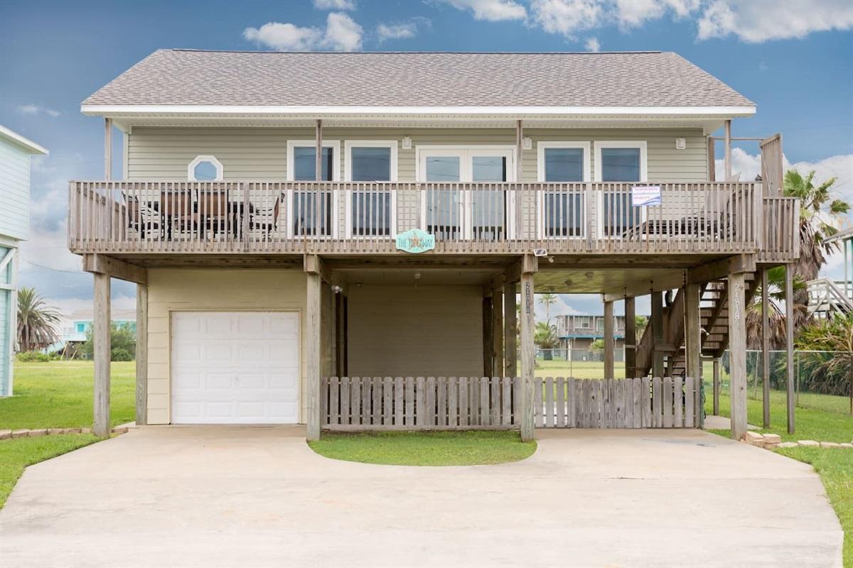 Hideaway - Coastal Waves Vacations - Galveston Beach House in Sea Isle