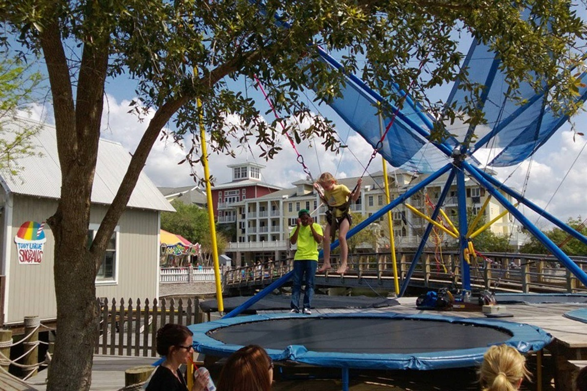 Lot's of kids activities at Village of Baytowne Wharf