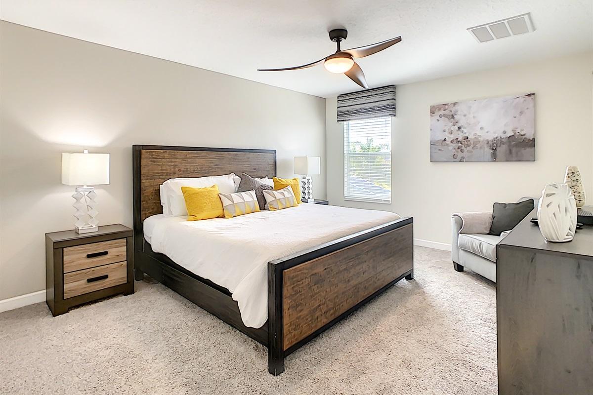 Master Suite-2nd Floor-King Bed