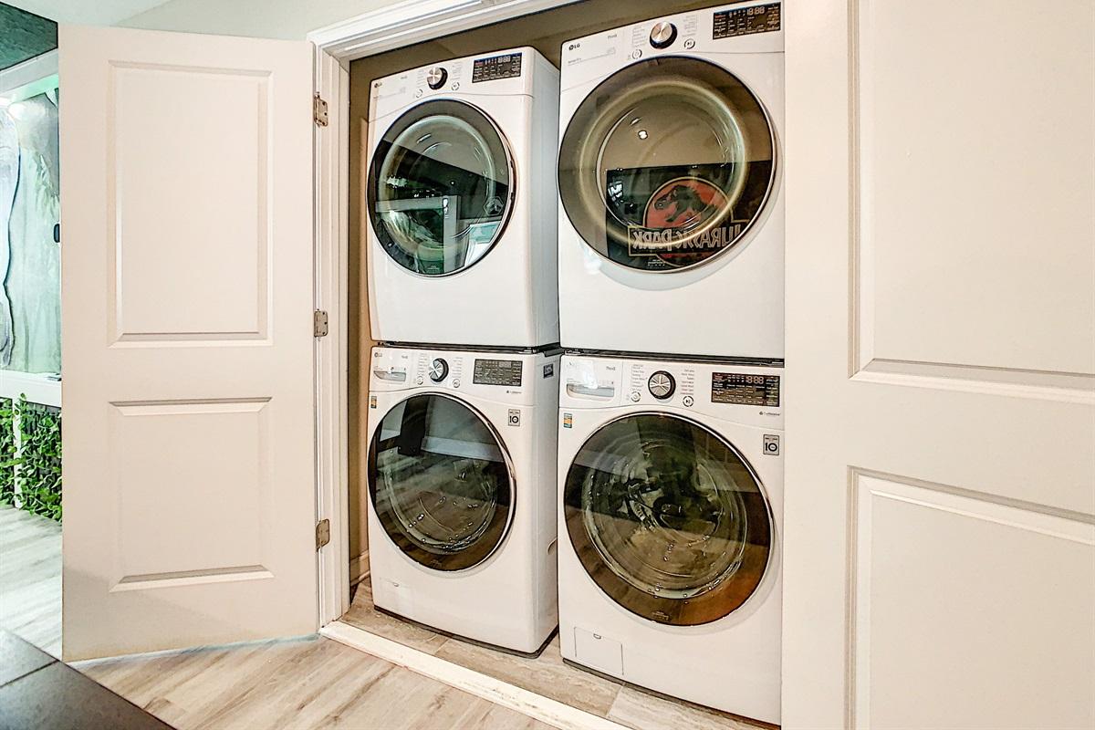 2 Washing Machines-2 Dryers-FREE To Use
