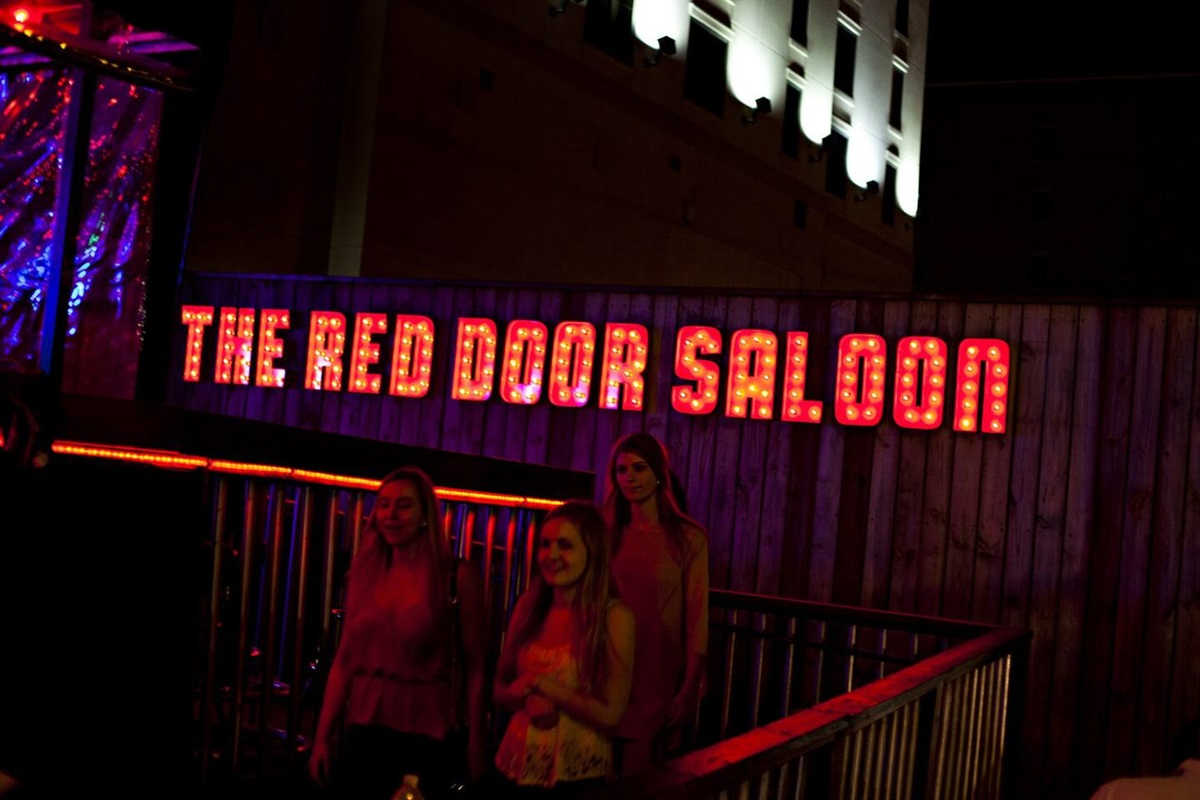 Walk to Red Door Saloon. Find the hole the in the floor :)
