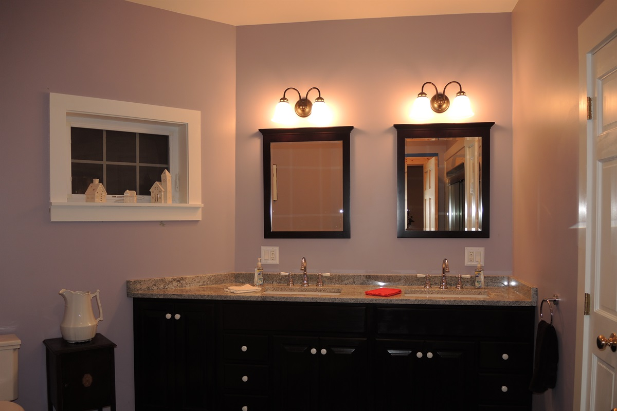 1st floor bath w/ double vanity