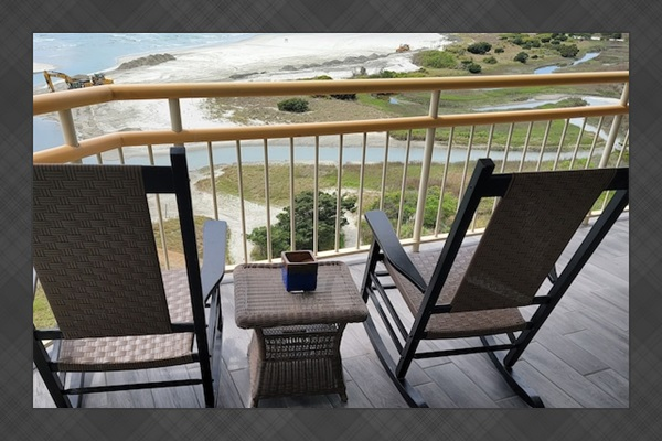 Large Balcony With Superb Ocean View From 2nd Bedroom. Rock Your Stress Away